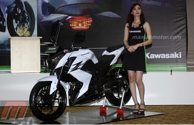Motor Baru Kawasaki Z250 2013 Harga Rp 48 Juta Pertama Di Dunia