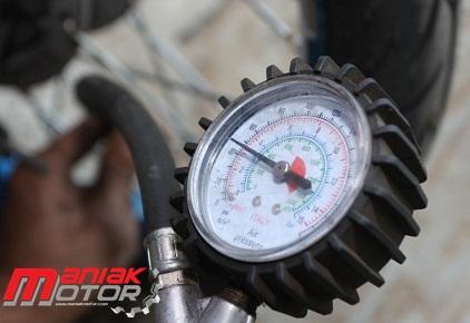 Tips Tekanan Angin Besar Kecil Ukuran Ban Psi Nya Sama Portal Sepeda Motor Dan Seluruh Aspeknya