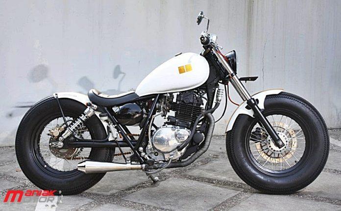 Modifikasi Suzuki Thunder 250 Jakarta Ban Jumbo Bobber Klasik Deh Portal Sepeda Motor Dan Seluruh Aspeknya