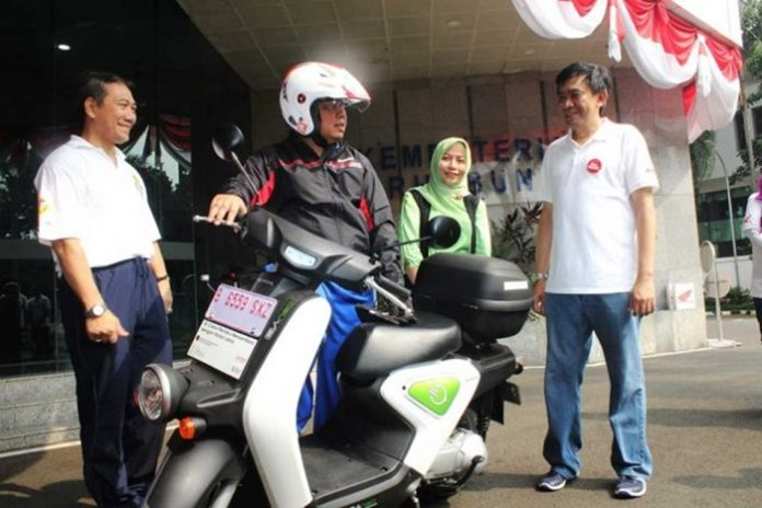 02092016-moto-ahm-640x427
