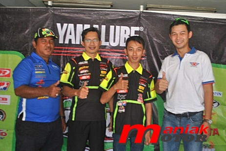 Robert Chong (paling kanan) dan tim Bien