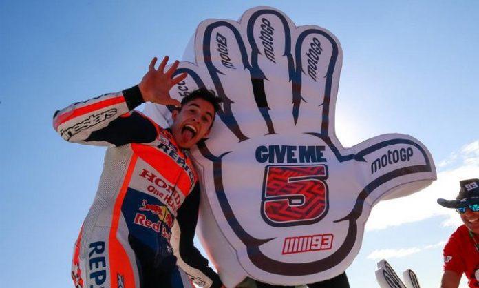 Marc Marquez Race Valencia 2016
