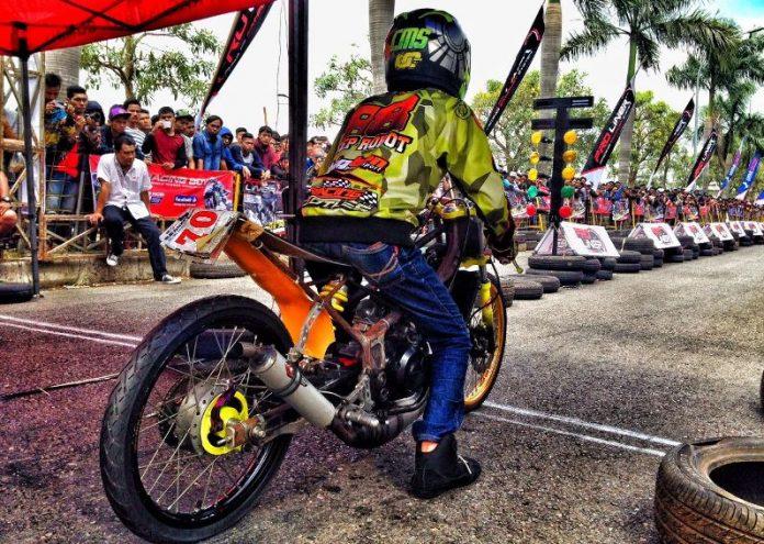 Drag Bike ManiakMotor.Com