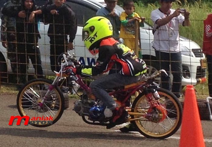 Vega Hawadis drag bike Cicangkal 2016
