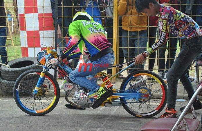 Jupiter MX 200 Drag Bike