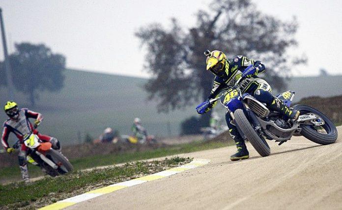 Rossi, 100 Champions, Tavuilla