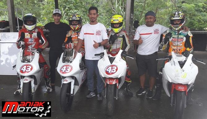 43 Racing Schol