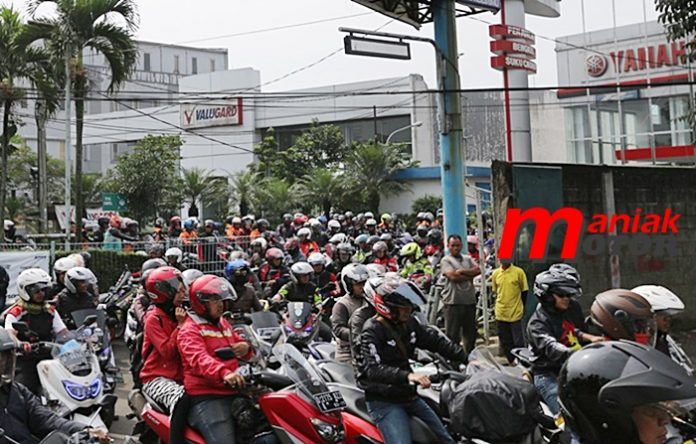 MXI, Bandung, Batang