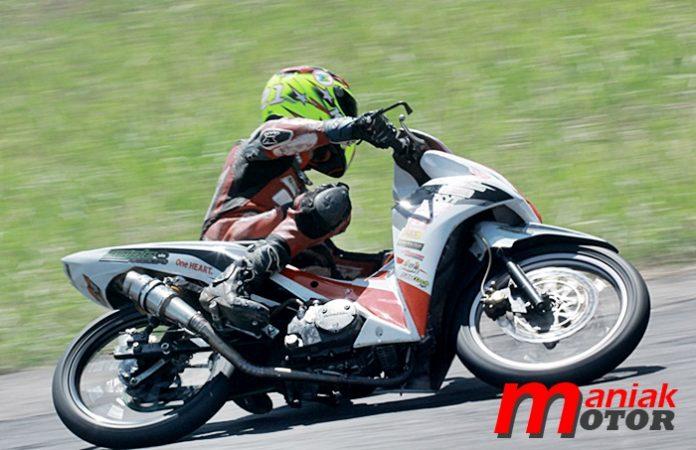 Adenanta, Motoprix, Honda Simpel