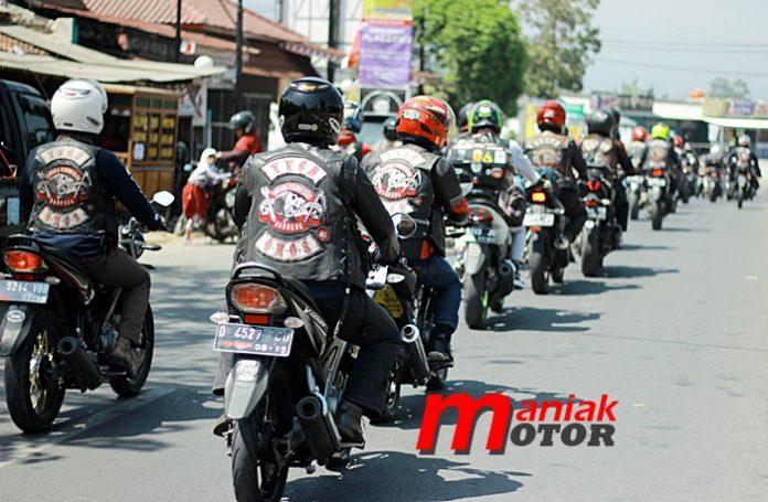 Turing, Vixion, Bandung