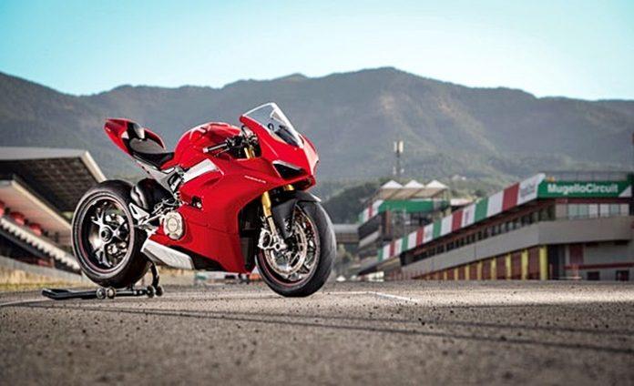 Panigale, V$, Ducati